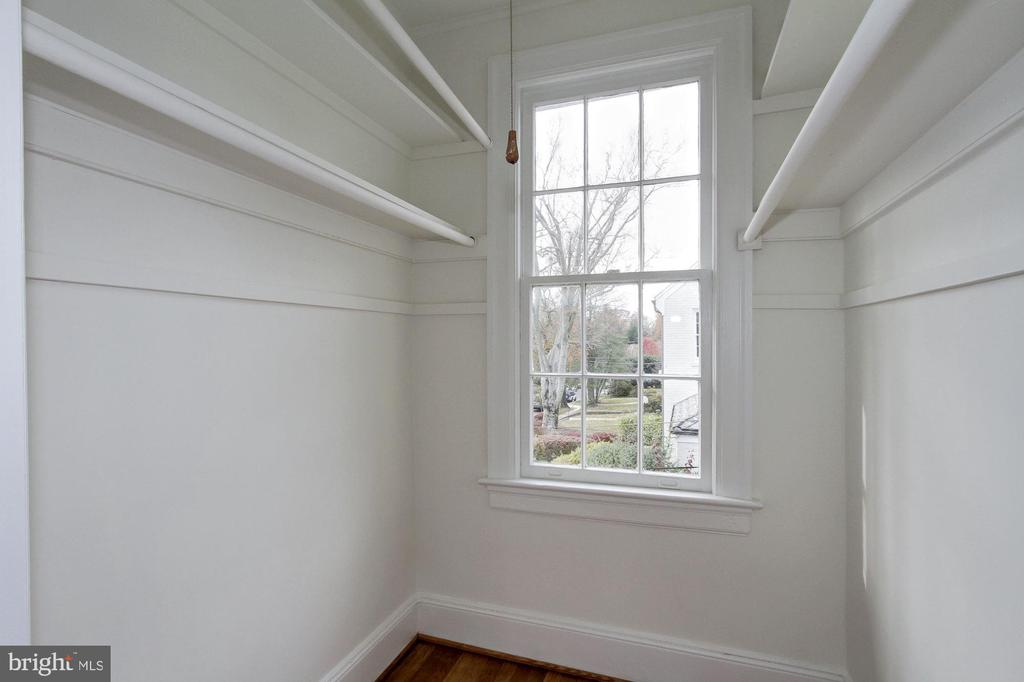Walk-In Closet - 7500 CONNECTICUT AVE, CHEVY CHASE