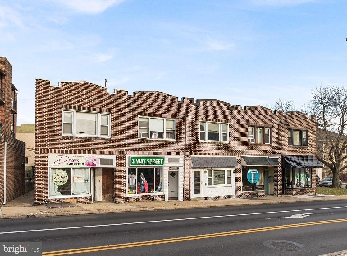 2339 W DARBY Road  Havertown, Pennsylvanie 19083 États-Unis