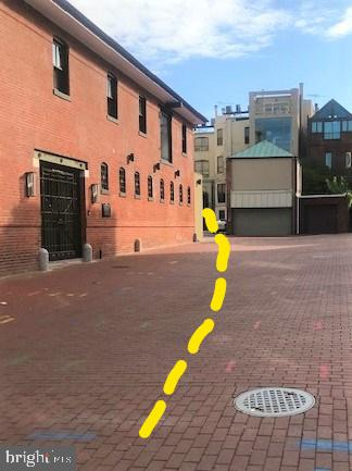 Access to P3past carriage house - 1416 21ST ST NW #P3, WASHINGTON