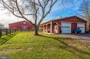80' x 60' horse barn - electric, water, and bath. - 5302 IJAMSVILLE RD, IJAMSVILLE
