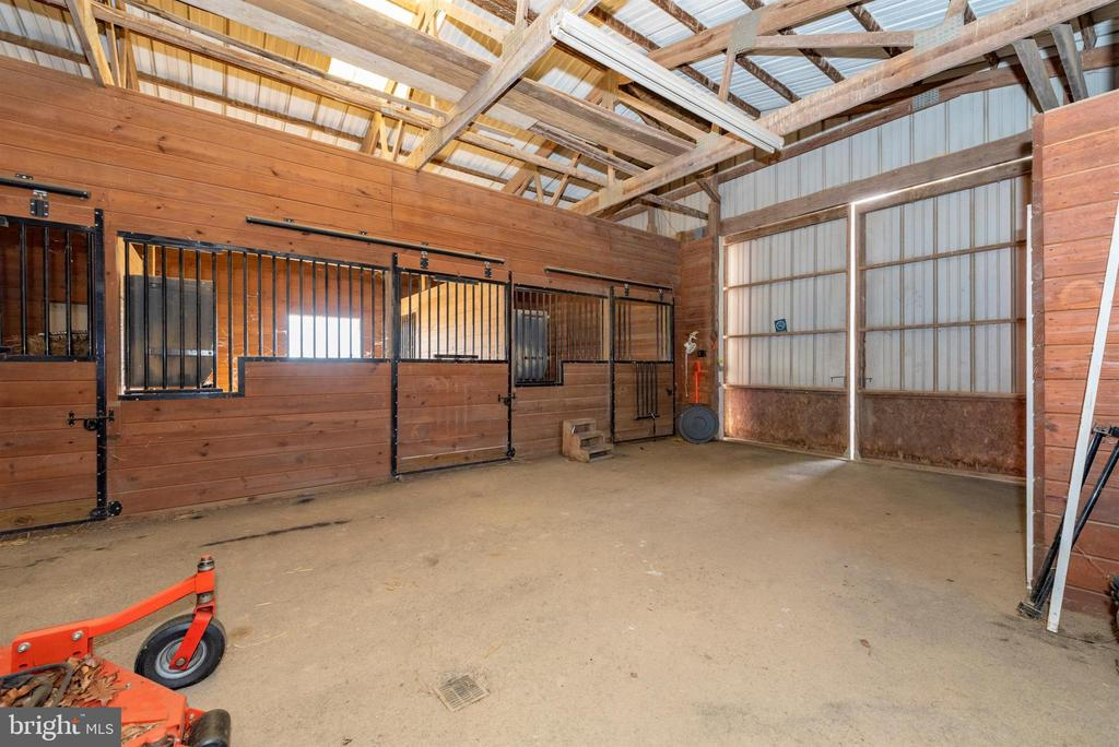 Interior of horse barn  - stall area. - 5302 IJAMSVILLE RD, IJAMSVILLE