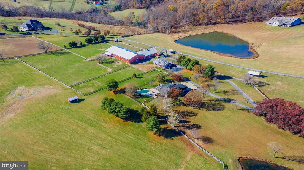 Breathtaking 25 acre farm with pond, outbuildings. - 5302 IJAMSVILLE RD, IJAMSVILLE