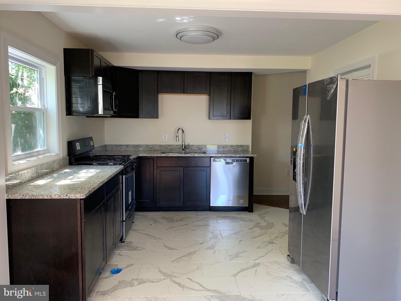 Property voor Verkoop op Brentwood, Maryland 20722 Verenigde Staten