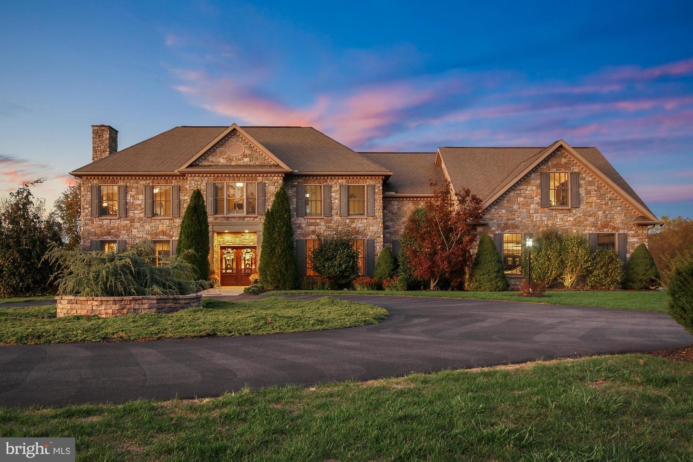 Single Family Homes للـ Sale في Mechanicsburg, Pennsylvania 17050 United States