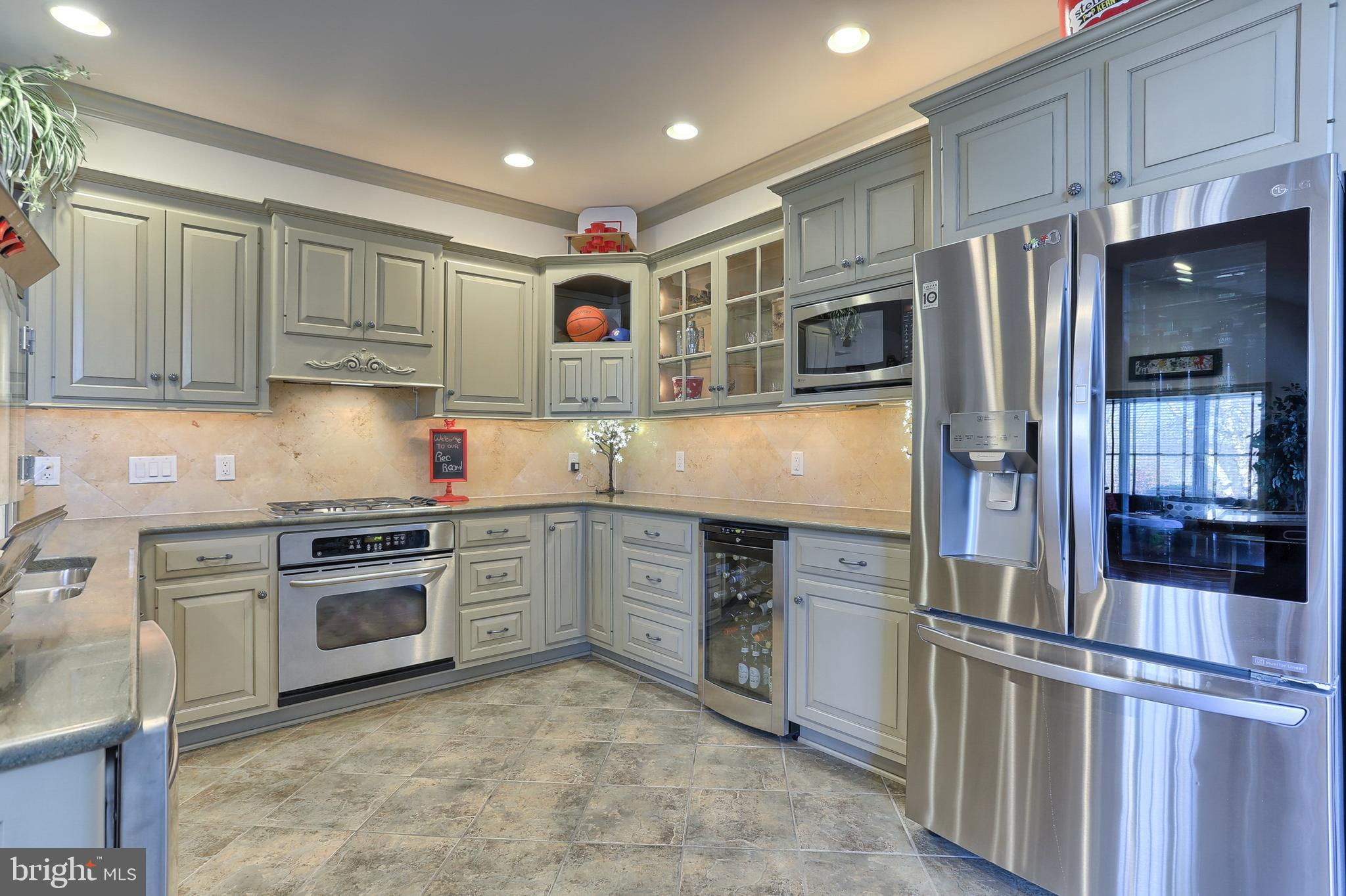 Full Kitchen includes Wine Refrigerator