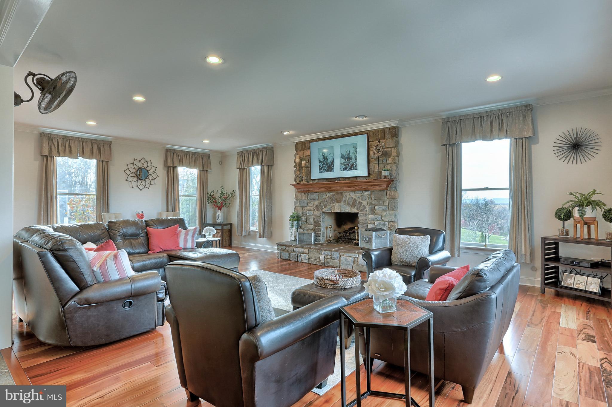 Stunning Hardwoods throughout Spacious Family Room