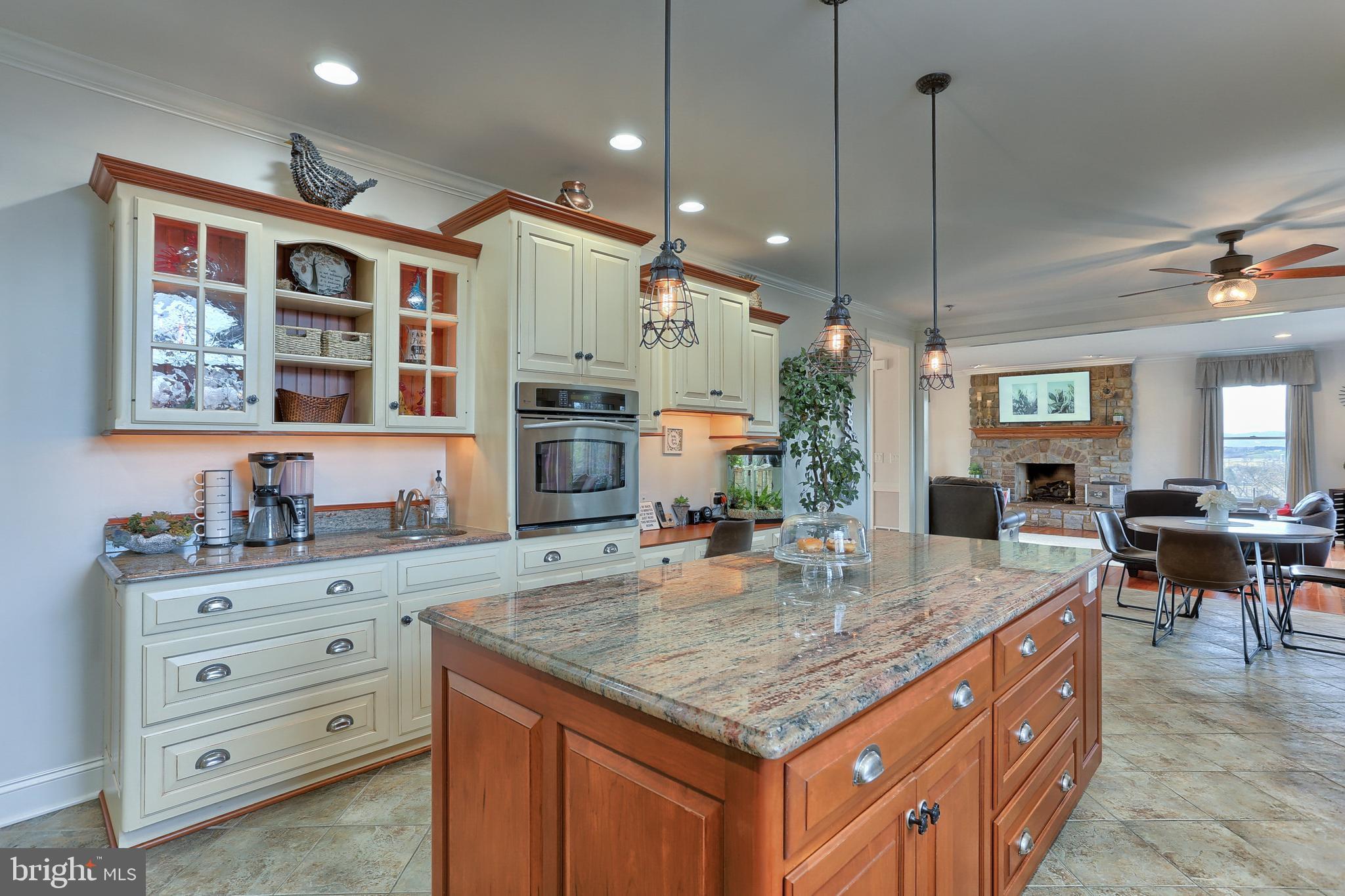 Convenient Prep Sink  - Kitchen Office