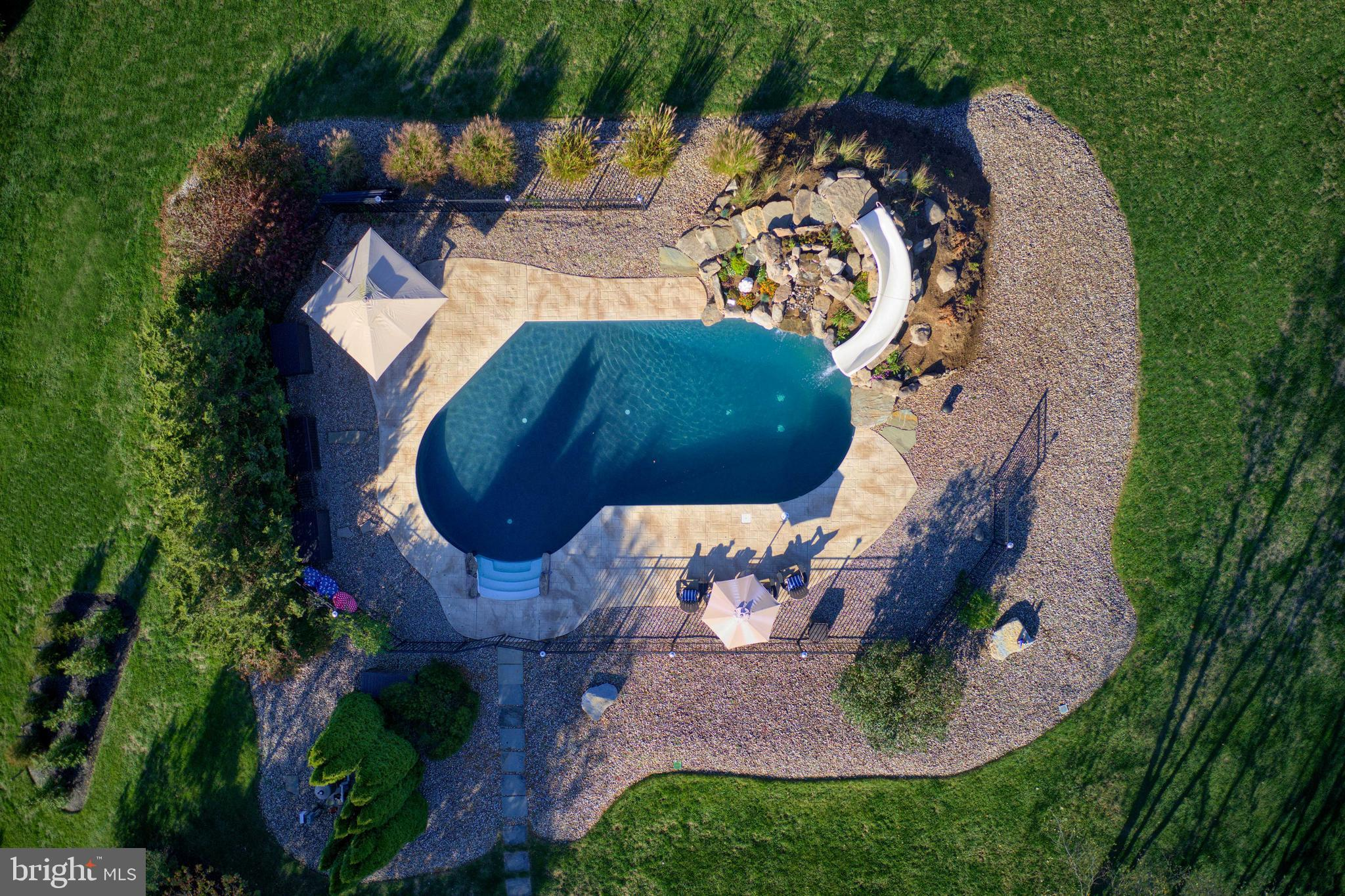 Meticulously Landscaped Pool