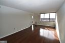 Light-filled living area leads to private balcony - 10101 GROSVENOR PL #1919, ROCKVILLE