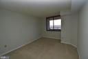 Large bedroom - 10101 GROSVENOR PL #1919, ROCKVILLE