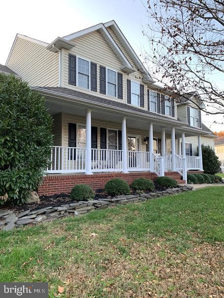 This is another view of the front of the house - 10202 BLAKELY ST, FREDERICKSBURG