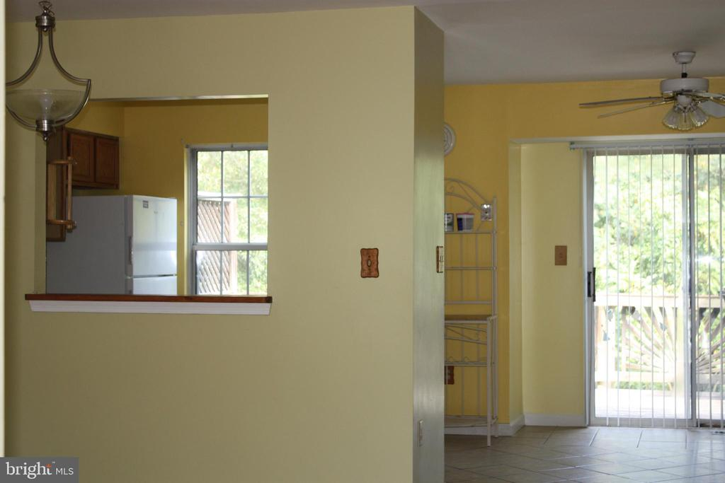 View of Pass-through to Kitchen - 3610 WOOD CREEK DR, SUITLAND