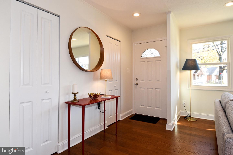 Additional photo for property listing at  Brentwood, Μεριλαντ 20722 Ηνωμένες Πολιτείες