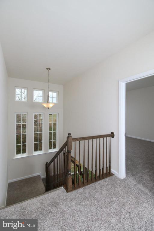 Second Floor Stair Landing - 39 WALDEN POND CT, FREDERICKSBURG