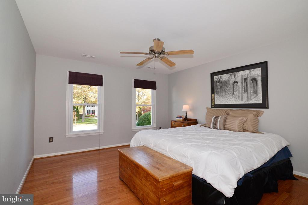 Large Bedroom #4 - 13703 HOLTON PL, CHANTILLY