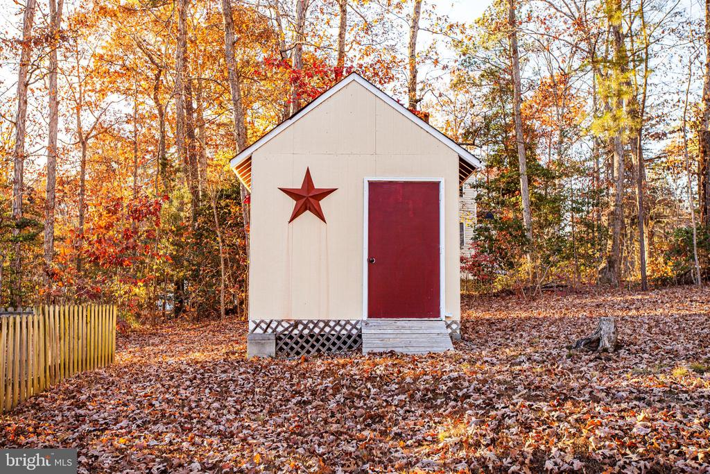 Shed - 1005 LAKE HERITAGE DR, RUTHER GLEN