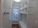 Mud room - 2007 N INGLEWOOD ST, ARLINGTON