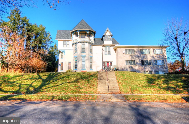 Single Family Homes für Verkauf beim Harrisburg, Pennsylvanien 17111 Vereinigte Staaten