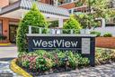 Westview - close to everything & mgmt on site - 1024 N UTAH ST #219, ARLINGTON