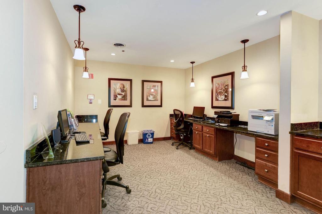 Business center w/ internet, copying, printing - 1024 N UTAH ST #219, ARLINGTON