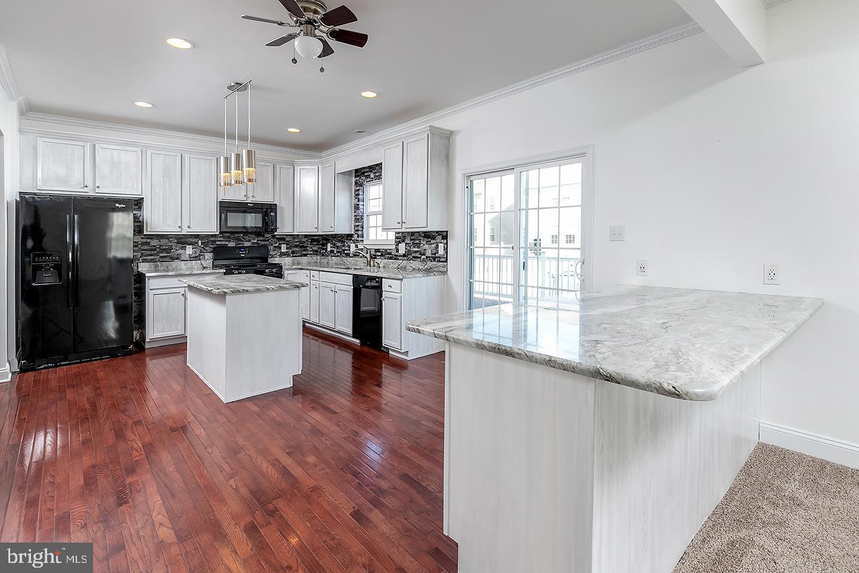 Single Family Homes för Försäljning vid Glassboro, New Jersey 08028 Förenta staterna