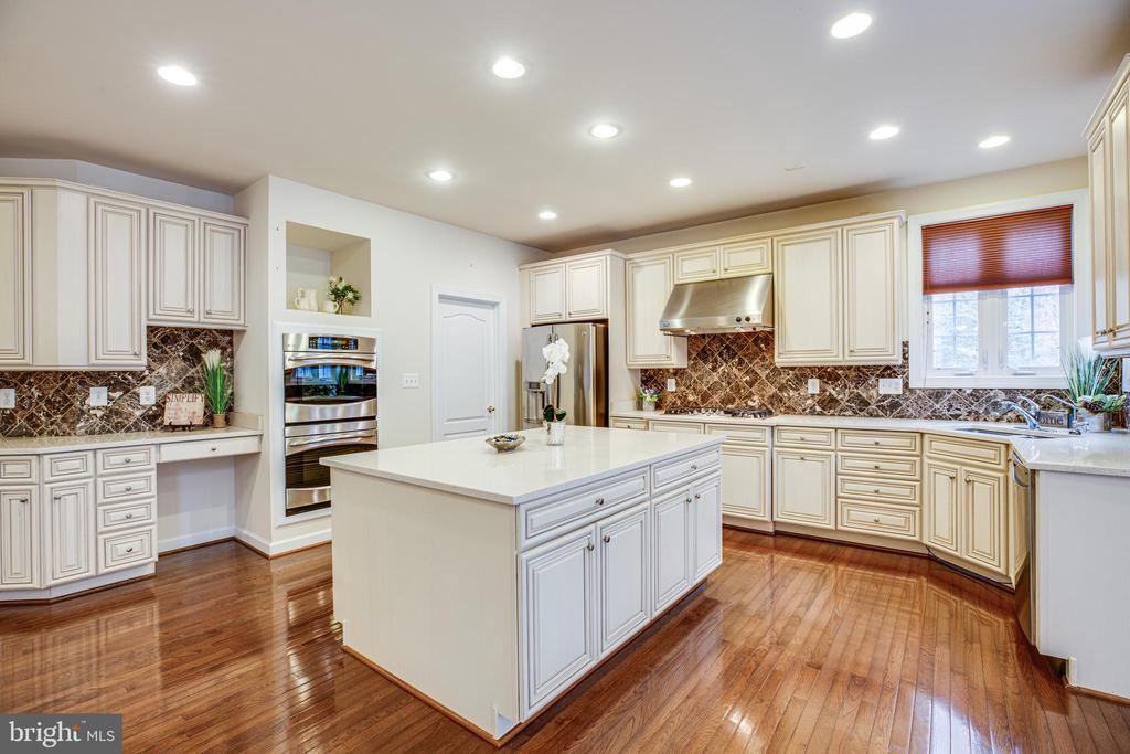 Kitchen selection perfection! Great Hues! - 11500 BALMARTIN CT, SPOTSYLVANIA