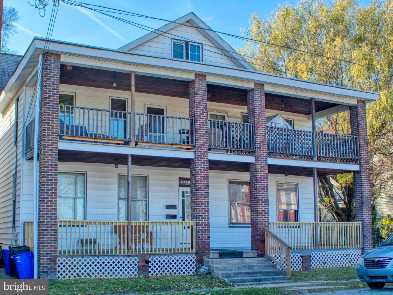 Quadraplex for Sale at Wormleysburg, Pennsylvania 17043 United States