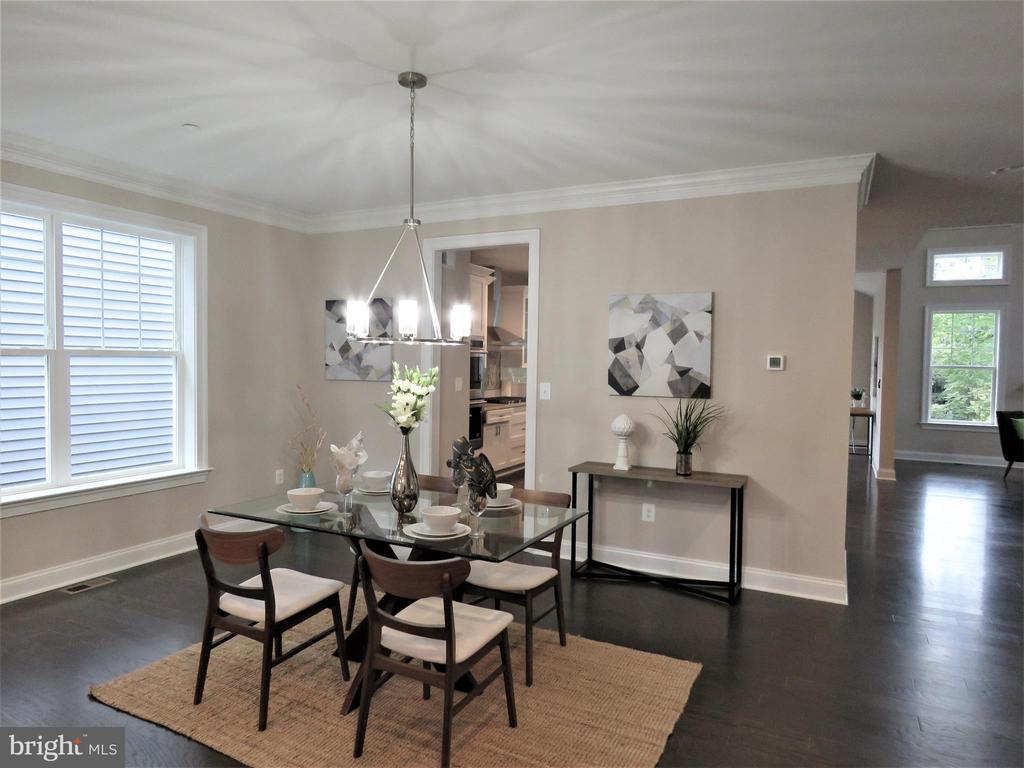 similar dining room - 515 BEALL AVE, ROCKVILLE