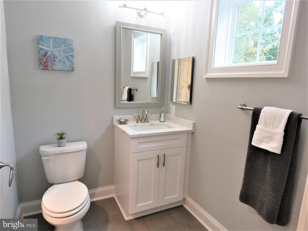 similar bedroom bath - 515 BEALL AVE, ROCKVILLE