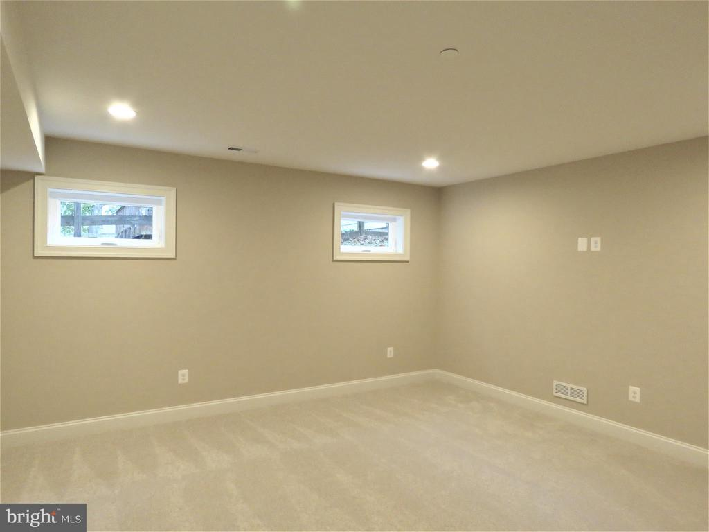 similar movie room - 515 BEALL AVE, ROCKVILLE