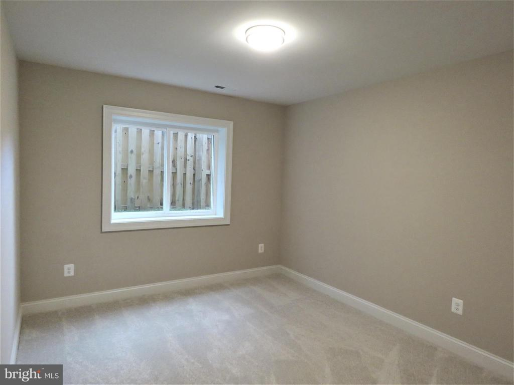 similar lower level bedroom - 515 BEALL AVE, ROCKVILLE