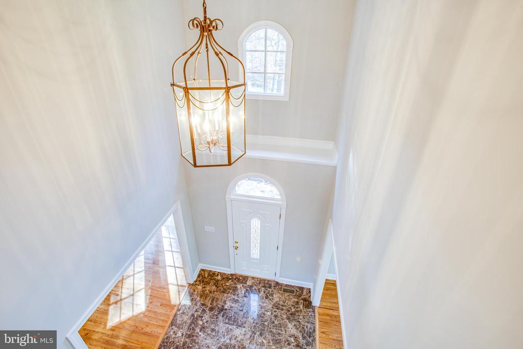 Elegant foyer - 11502 GENERAL WADSWORTH DR, SPOTSYLVANIA