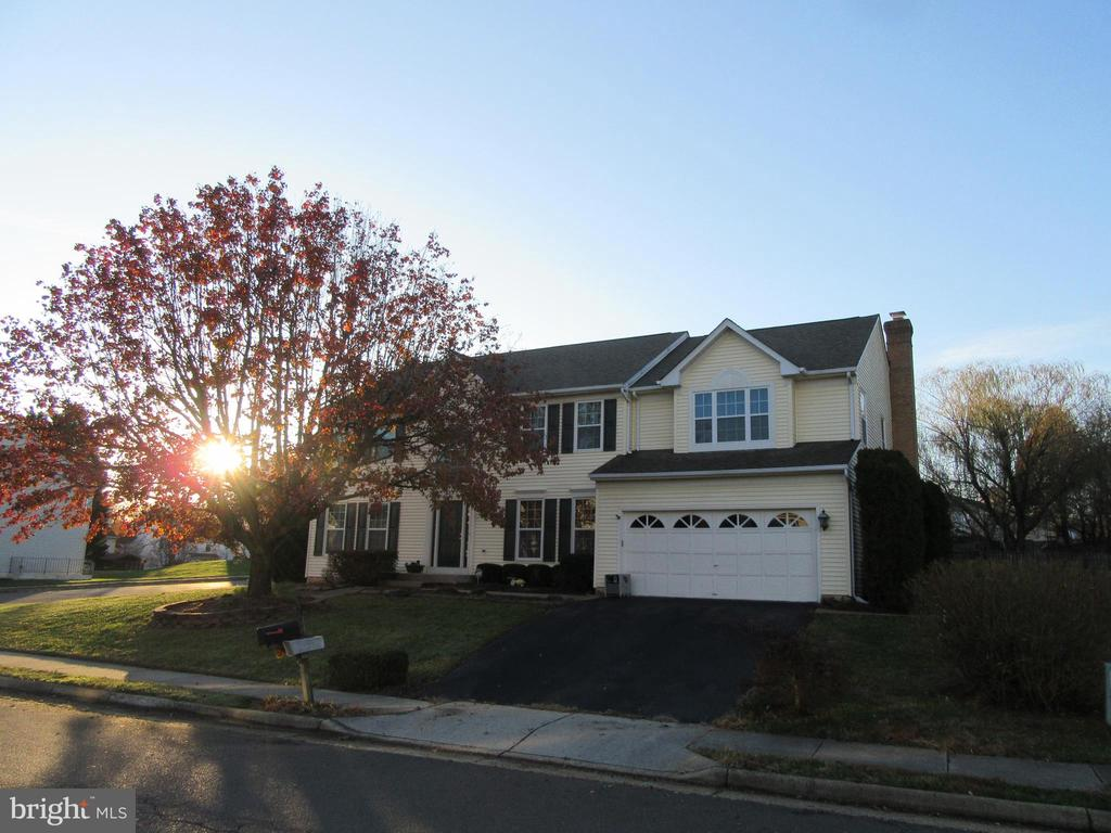 Welcome to 9337 S Whitt Drive! - 9337 S WHITT DR, MANASSAS PARK