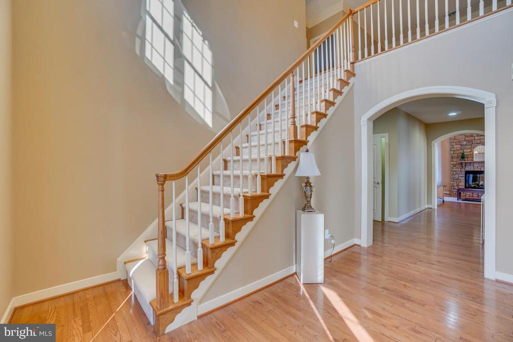 Take the Main Staircase to the Bedroom Level - 3 GRISTMILL DR, STAFFORD