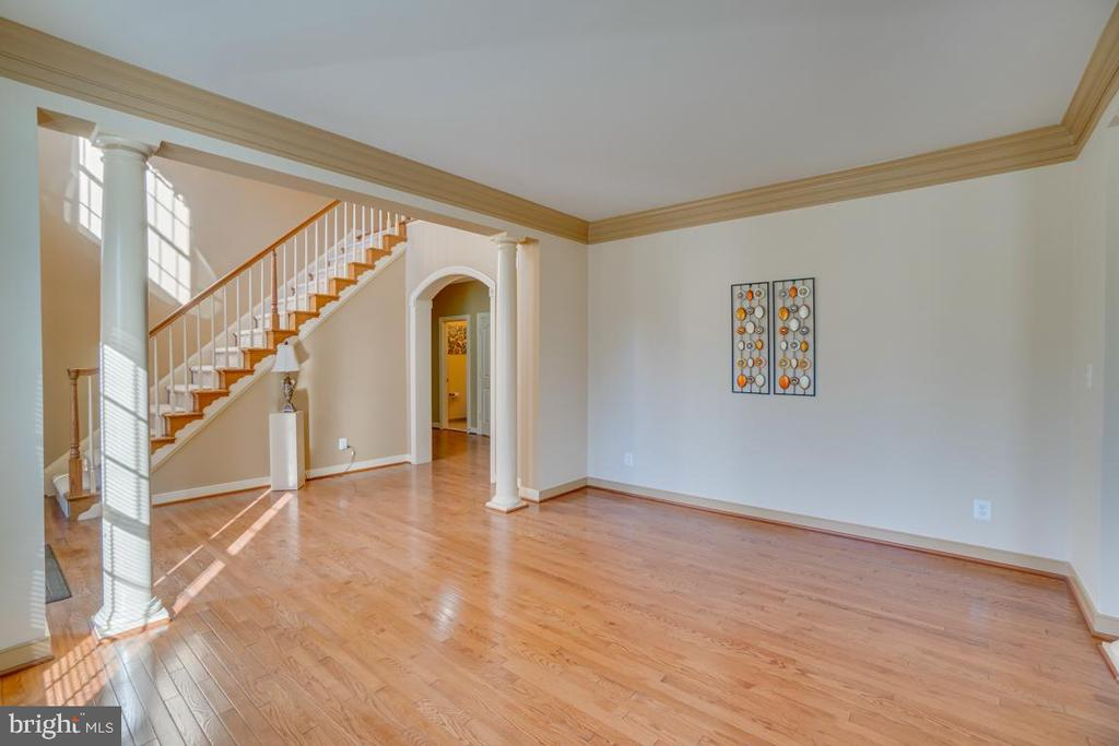 Perfect for entertaining-Open Concept Formal Rooms - 3 GRISTMILL DR, STAFFORD