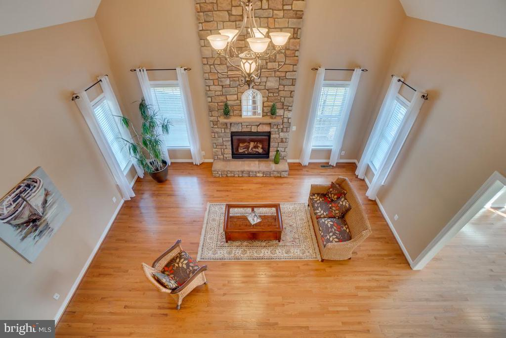 View looking down to the Family Room - 3 GRISTMILL DR, STAFFORD
