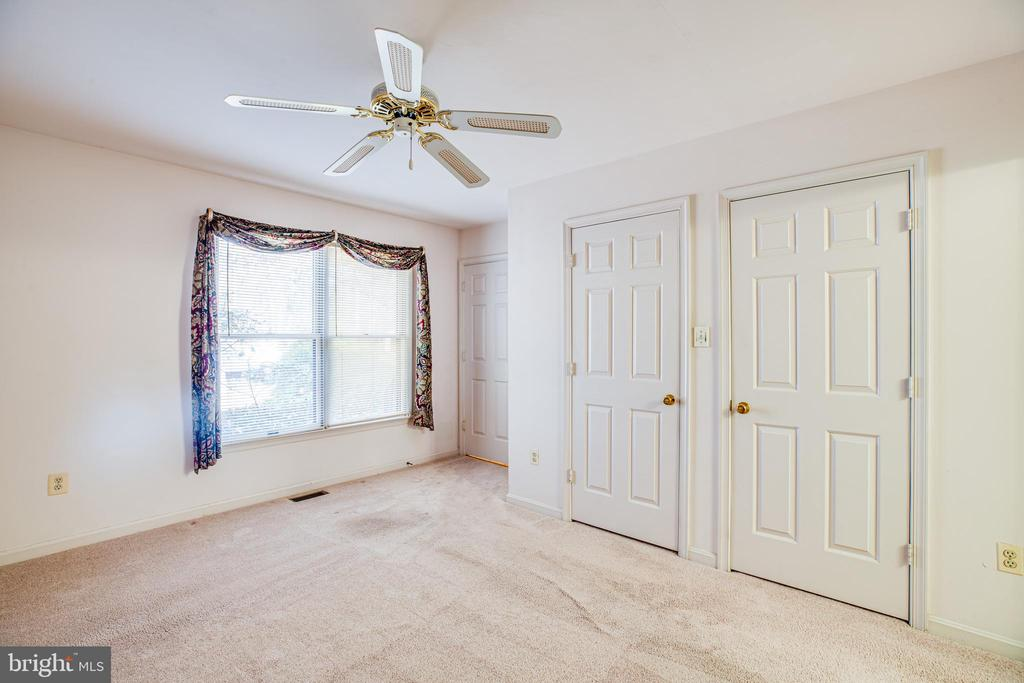 Master Bedroom on Main Level - 113 EDGEHILL DR, LOCUST GROVE