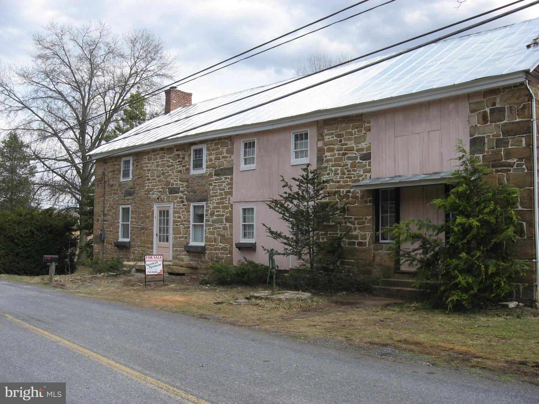 Single Family Homes für Verkauf beim Elliottsburg, Pennsylvanien 17024 Vereinigte Staaten
