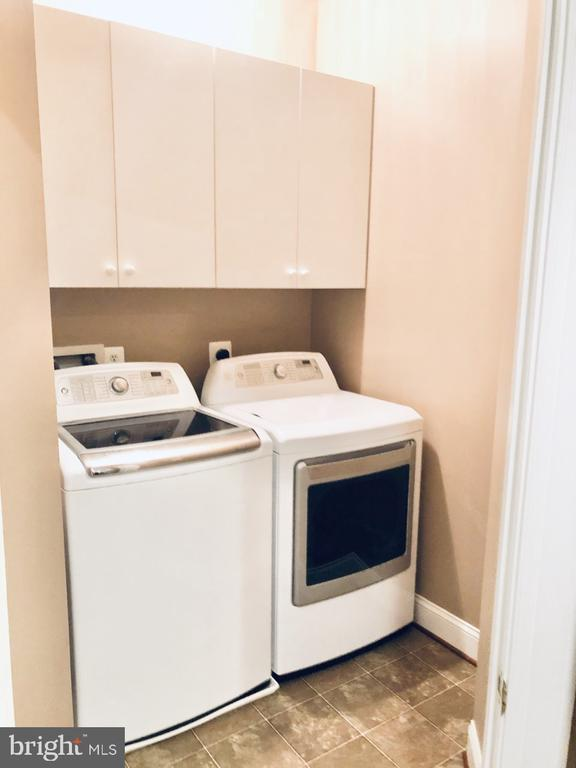 Laundry Room- Upper Level - 530 N PITT ST, ALEXANDRIA