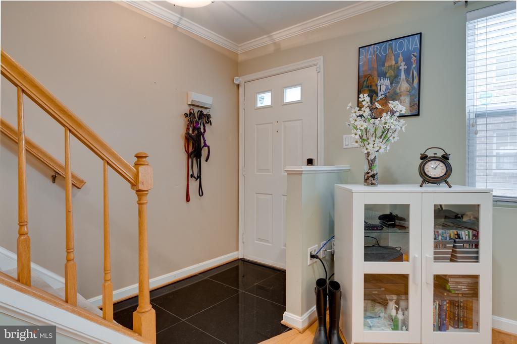 Foyer - 3028 S GLEBE RD #3028, ARLINGTON