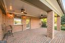 Second covered patio - 16311 BARNESVILLE RD, BOYDS