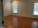 - 43094 BARONS ST, CHANTILLY