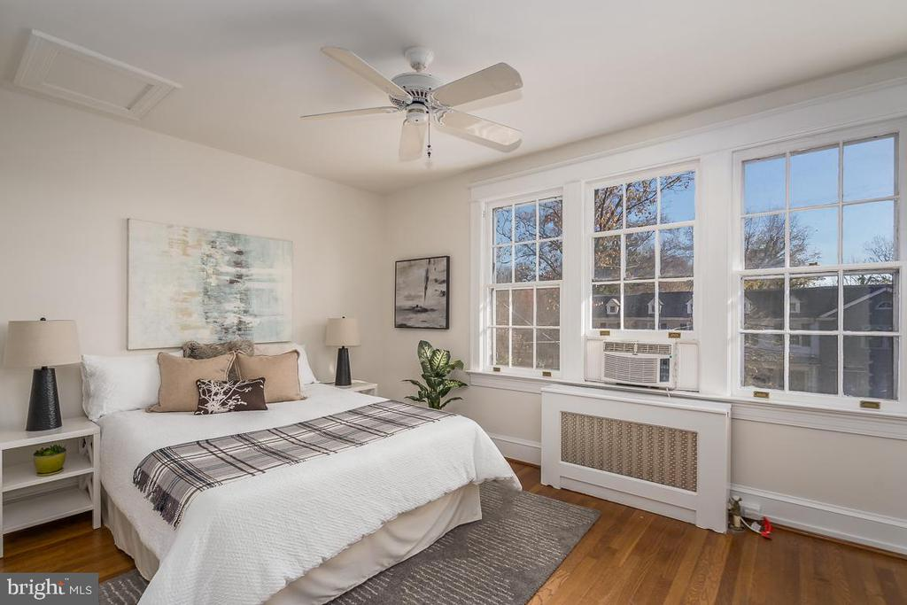 Second bedroom - 1932 38TH ST NW, WASHINGTON