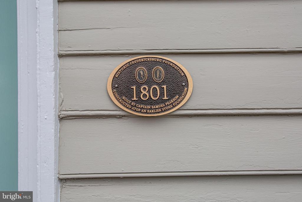 Historic Fredericksburg Foundation Marker - 303 CAROLINE ST, FREDERICKSBURG