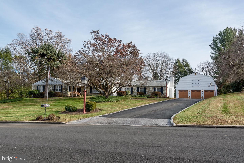 Single Family Homes für Verkauf beim Huntingdon Valley, Pennsylvanien 19006 Vereinigte Staaten