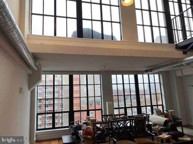Let there be light! - 1615 N QUEEN ST #M604, ARLINGTON
