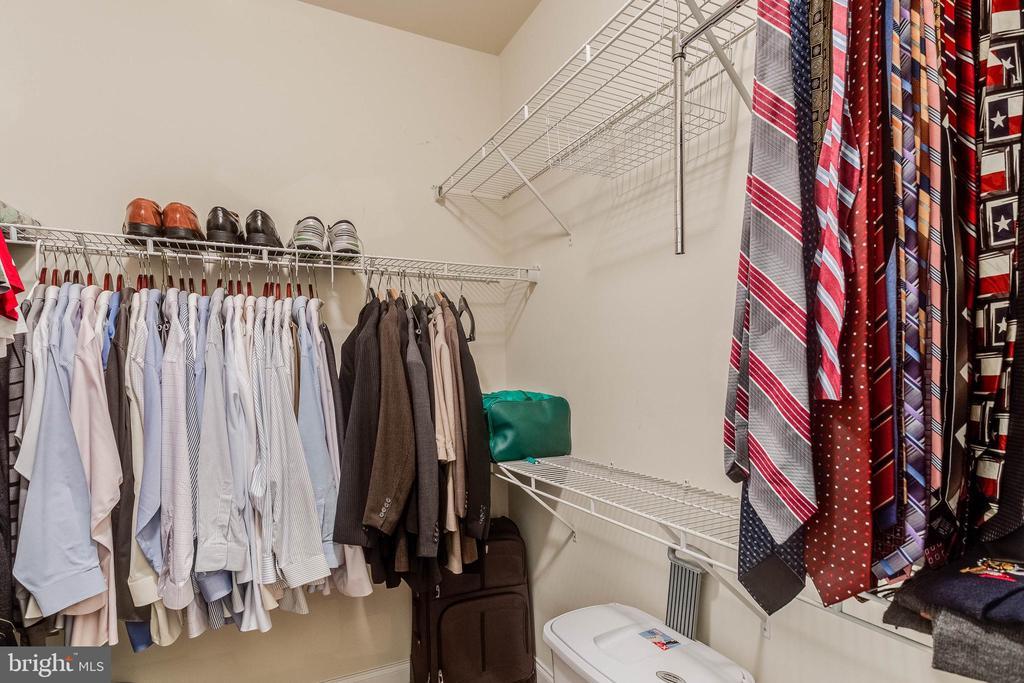 Walk-In closet #1 - 2296 MARGRAF CIR, WOODBRIDGE