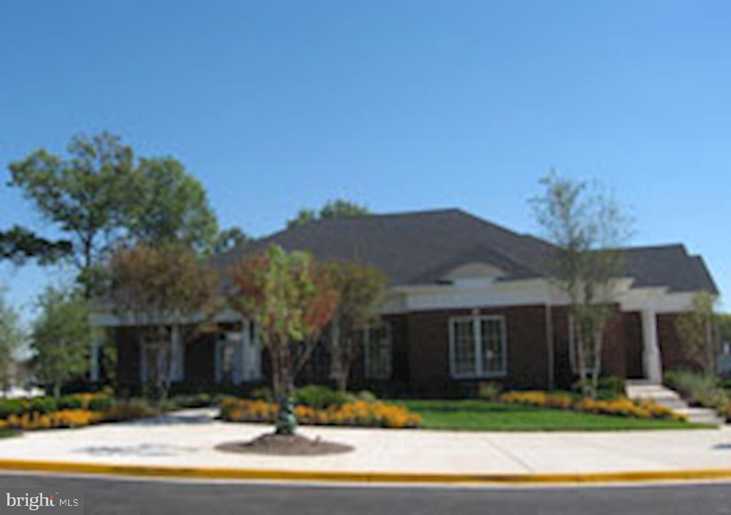 Community Center - 42915 PAMPLIN TER, CHANTILLY