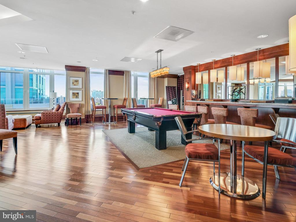Community Game Room - 8220 CRESTWOOD HEIGHTS DR #511, MCLEAN