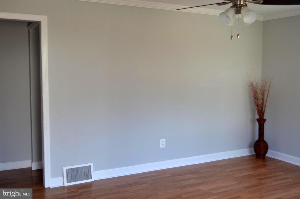 Living room - 4510 FURMAN, SILVER SPRING